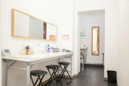更衣室なんば桜川ファーストスタジオ